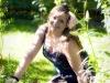 Sylwia w swoim ogrodzie w Zalesiu Górnym