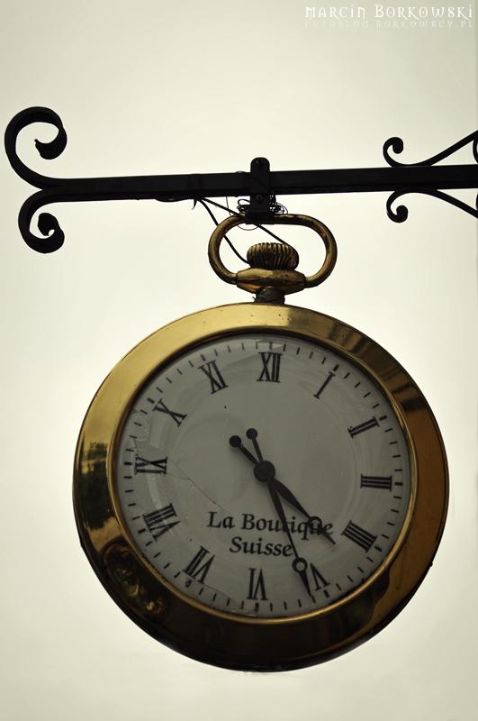 Znajdź i sfotografuj zegar