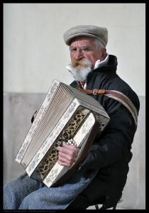 Akordeonista na Starym Mieście