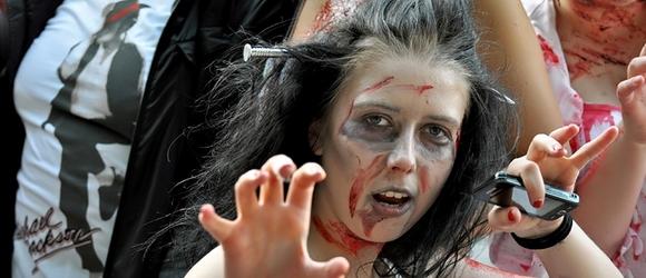 Parada Zombie Walk w Warszawie