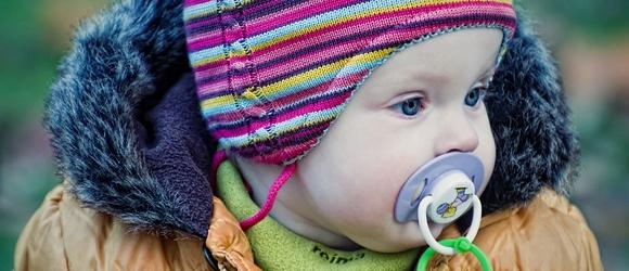 Zdjęcia małej Ani w konstancińskim Parku
