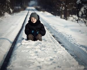 Na torach kolei wąskotorowej w Runowie