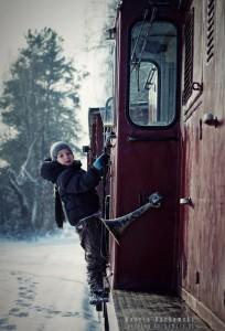 Przy pociągu na polanie w Runowie
