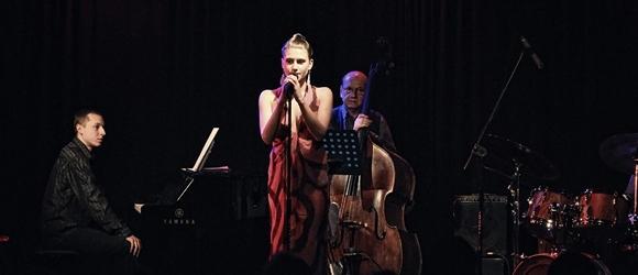 Julia Sokołowska z zespołem w MGOK Piaseczno