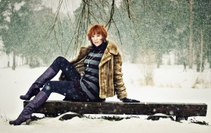 Kasia w zimowej scenerii