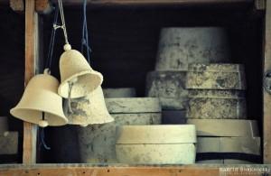 Formy gipsowe w pracowni ceramicznej