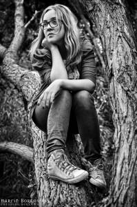 Karolina na drzewie