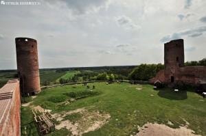 Widok z wieży Brama na pozostałe wieże w Czersku